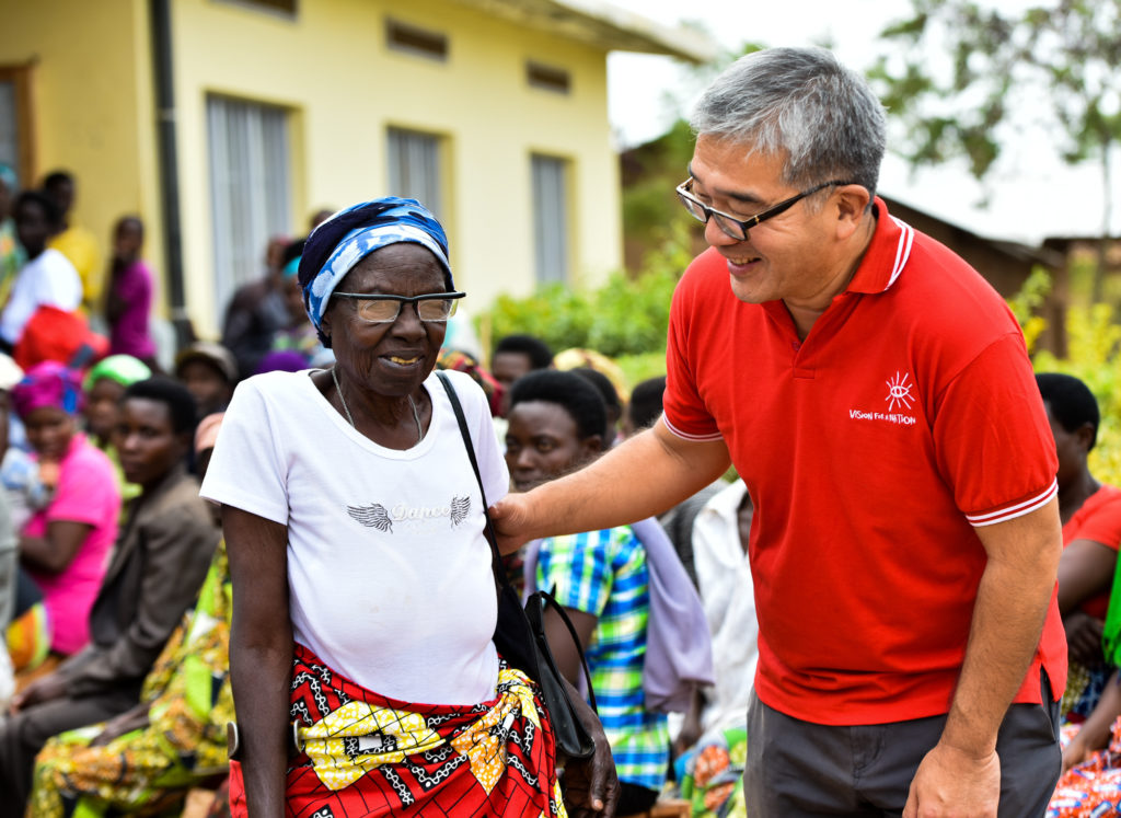 James Chen founder of VFAN and Clearly pays a visit to Rwanda to celebrate 2 millionth screening